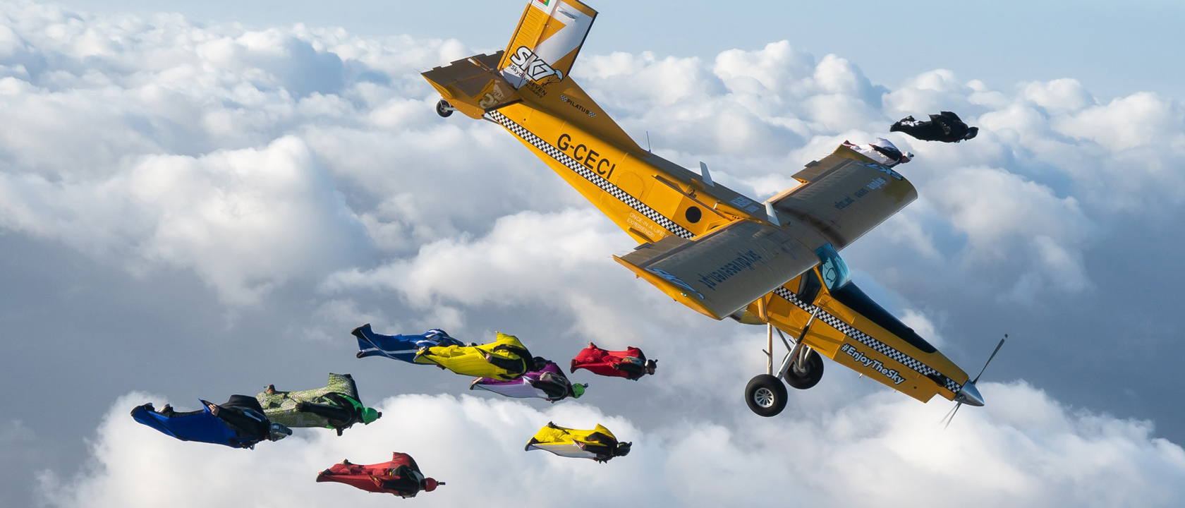 Airplane Wingsuit Formation – AWF